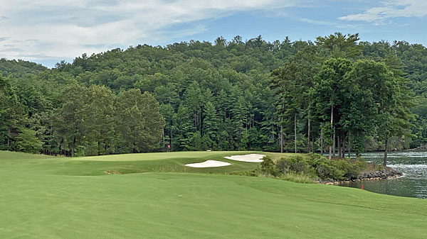 Cliffs at Keowee Vineyards 13th hole