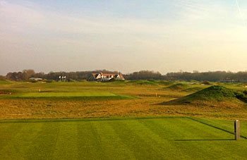 The Dutch 9th tee - photo by David Davis