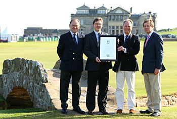 R&A and European Tour CEO's, Peter Dawson (left) and George O'Grady (right) support St Andrews Links Trust General Manager, Euan Loudon (centre left) as he receives the GEO Certified™ plaque from GEO CEO, Jonathan Smith (centre left)