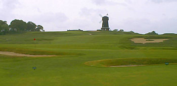 "National Golf Links of America 15th - photo by ""Mac"" Plumart"