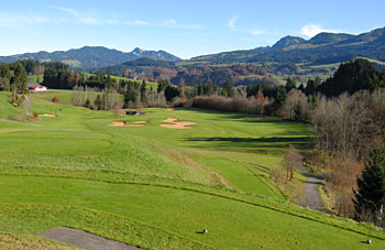 Oberallgäu golf course 19th hole - photo by Ulrich