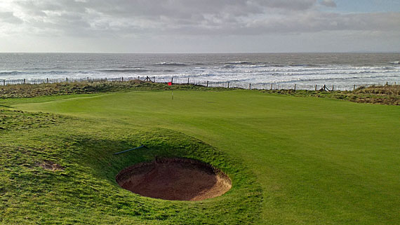 Royal Porthcawl 18th green