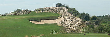Bluffs Ho Strip Golf Course - Photo by reviewer