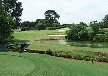 Emeralda (River & Lake) Golf Course - Photo by reviewer