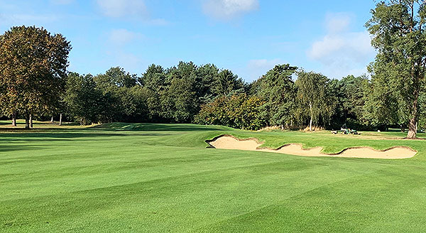 Fulwell Golf Course - 11th approach - Photo by Andy Newmarch