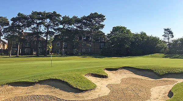 Fulwell Golf Course - 8th greenside