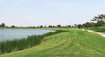 Grand Phnom Penh Golf Course - Photo by reviewer