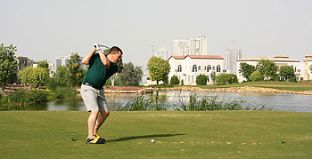 Jumeirah (Earth) - The reviewer on the tee