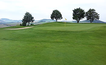 Karlstejn (Red) Golf Course - Photo by reviewer