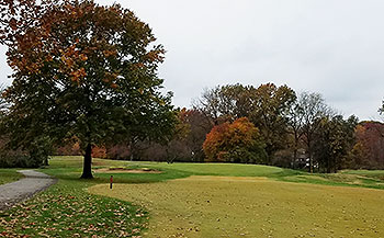 Lake Forest Golf Course - Photo by reviewer