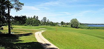 Ozo Golf Course - Photo by reviewer