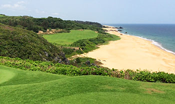 Shanqin Bay Golf Course - 17th Hole - Photo by reviewer