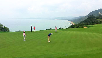 Shanqin Bay Golf Course - Photo by reviewer
